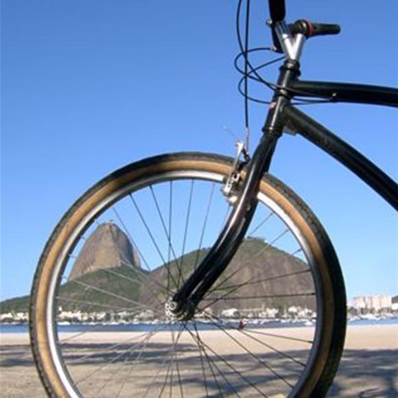 Slow Down to See Rio... by BikeDevagar para conhecer o Rio... de bicicletaConnaître Rio doucement ... en véloLeer Rio kennen.. te fiets 22